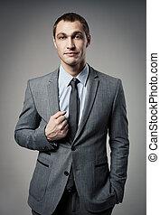 fresco, homem negócios, retrato, ligado, cinzento, fundo