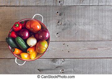 fresco, orgánico, vegetales, en, un, de madera, fondo., punta la vista