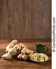 fresco, raiz gengibre, ligado, a, tabela madeira