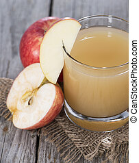 Apple Juice - Fresh Apple Juice with fruits