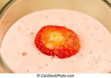 fresh berry smoothie with strawberries, macro