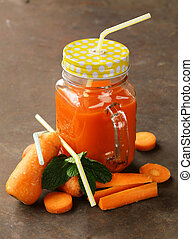 Fresh carrot juice (smoothies)