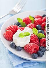 fresh fruit salad with raspberry blueberry