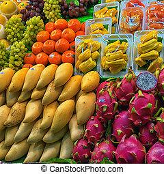 Fresh fruits on the Thai market