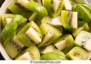 fresh kiwi slices