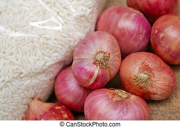 Fresh onions and rice