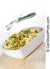 fresh pasta salad with peas