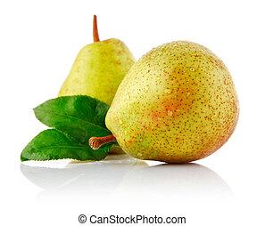 fresh pear with green leaf