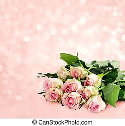 Fresh pink rose flowers bouquet