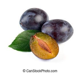 Fresh Plum Fruits with Green Leaf