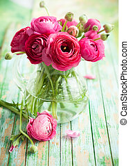 Fresh ranunculus - Bouquet of pink ranunculus