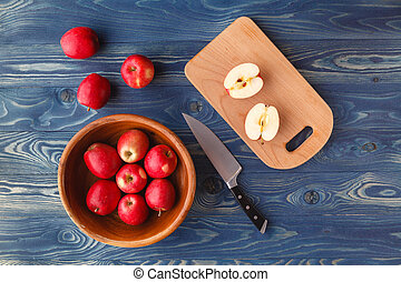 Fresh ripe red apples in bowl