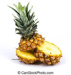 Fresh sclie pineapple