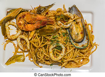 Fresh Spaghetti pasta with seafood