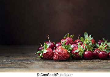 Fresh Strawberrys and Cherries