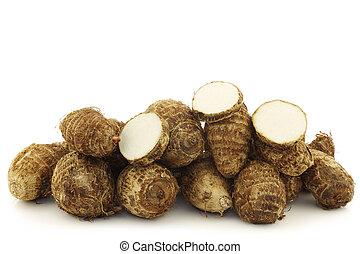 fresh taro roots(colocasia)