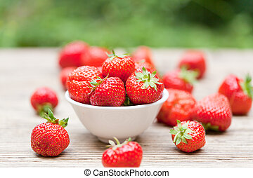 fresh tasty sweet strawberries macro closeup garden outdoor ...