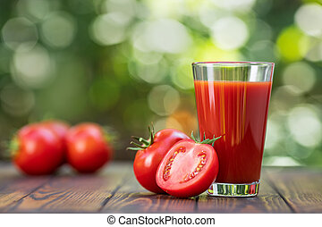 tomato juice in glass
