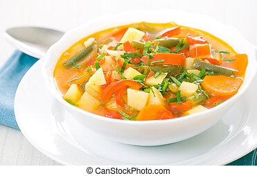 Fresh vegetable soup made of green bean, carrot, potato