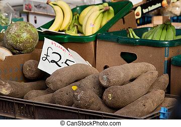 fresh yam at the market