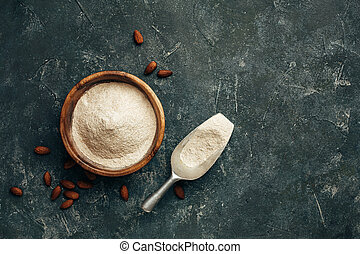 Freshly ground almonds into the flour and scoop