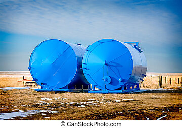 Freshly Painted Tanks - Two 400BBL oil storage tanks,...