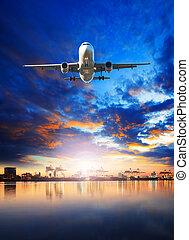 fret aérien, avion, voler plus, bateau, dans, port, port, usage, pour, fret, et, importation, -, exportation, comercial, business, industrie