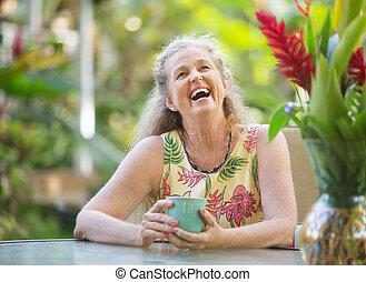 freudig, ältere frau, lachender