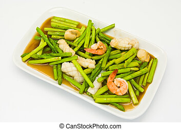Fried asparagus with shrimp