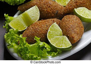 Fried kibble with lemon