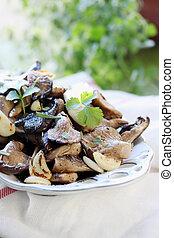 Fried mushrooms with garlic