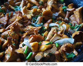 fried mushrooms with vegetables