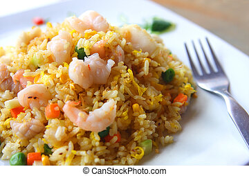 Seafood fried rice with green peas