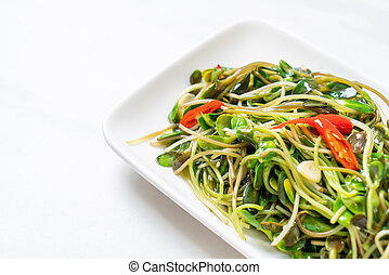 Fried Sunflower Sprout with Oyster Sauce