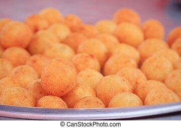 fried sweet potato at market