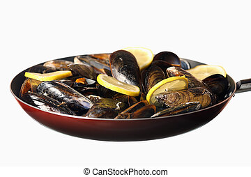 Friend mussels with lemon