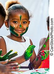 friends., arriba, africano, cierre, niña, pintura