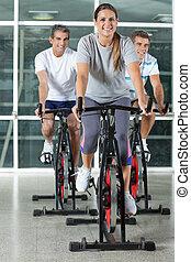 friends, auf, üben fahrräder
