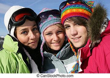 friends, drei, ski fahrend