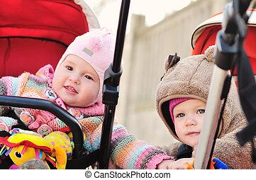 friends in strollers