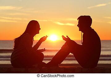 friends, oder, paar, von, jungendliche, sprechende , an, sonnenuntergang