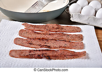 Friesh fried turkey bacon