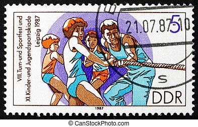 frimärke, gdr, 1987, bogserbåten av kriger, rep, dragande