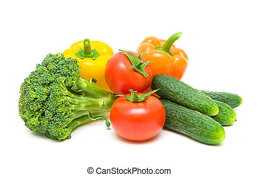 frisch, reif, vegetables., tomaten, brokkoli, pfeffer, und, gurken, freigestellt, weiß, hintergrund, close-up.