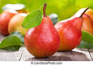 frisk, päron