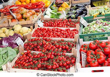frisk, råkall grönsaker, in, trä, rutor, hos, öppna, gata...