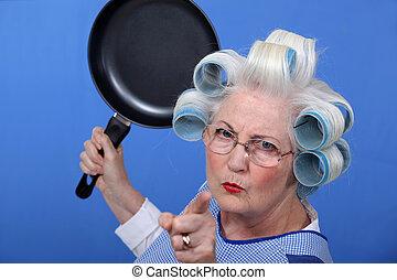 fritar, mulher zangada, antigas, panela