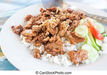 frito, ajo, cerdo, sirva, con, arroz blanco