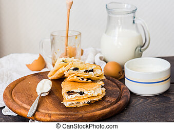 frittelle, miele, prugne, aspro, magro, ricotta, crema