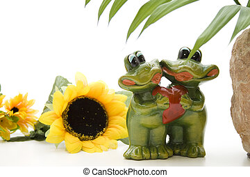 Frog pair with heart